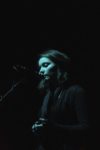 Eleanor Cully performing