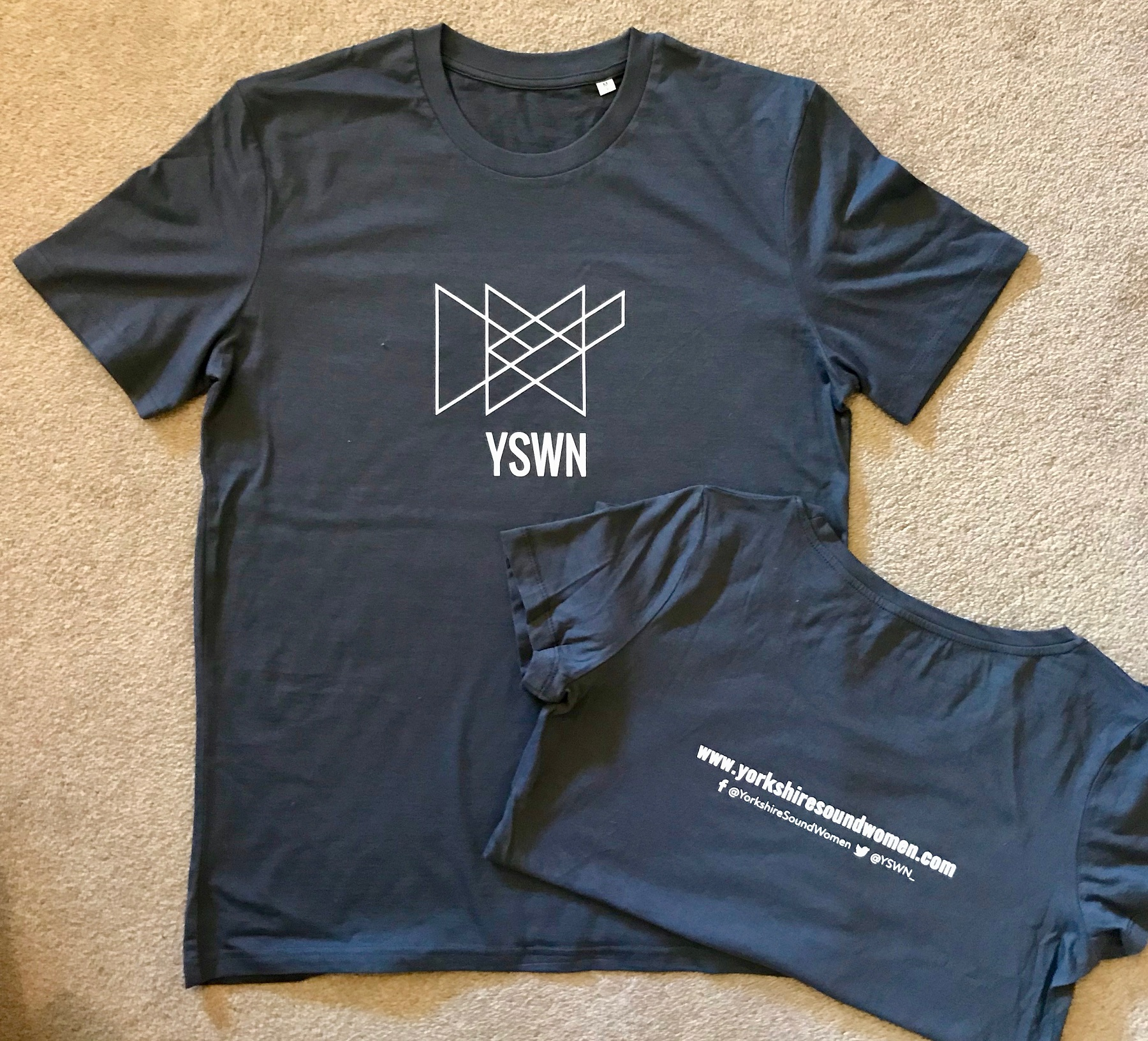 YSWN T-shirts straight fit